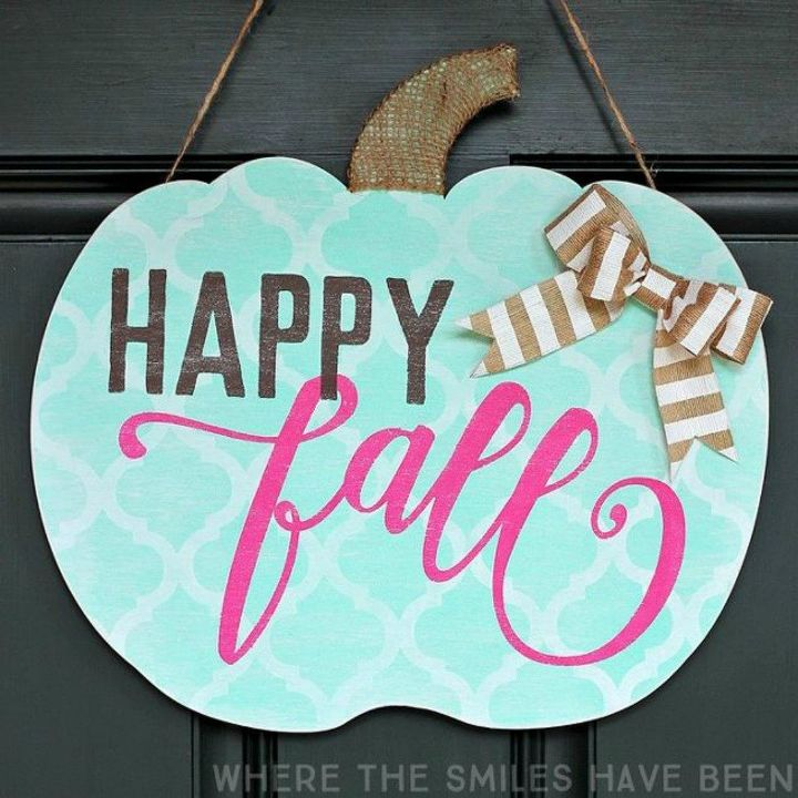 s tired of wreaths try these ideas instead , crafts, wreaths, Cut out your own shabby chic fall hanger
