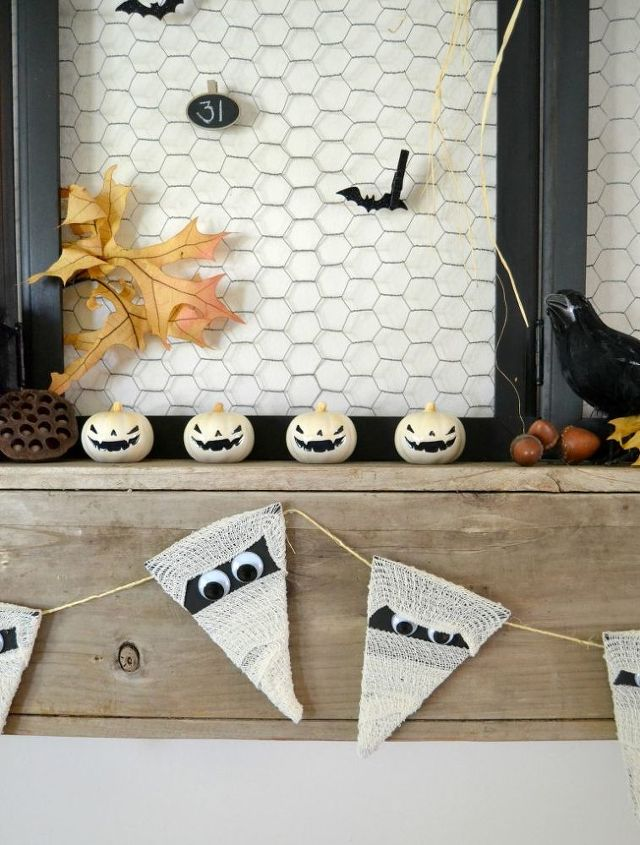 mummy banner, crafts, doors, fireplaces mantels, halloween decorations, home decor, how to, outdoor living