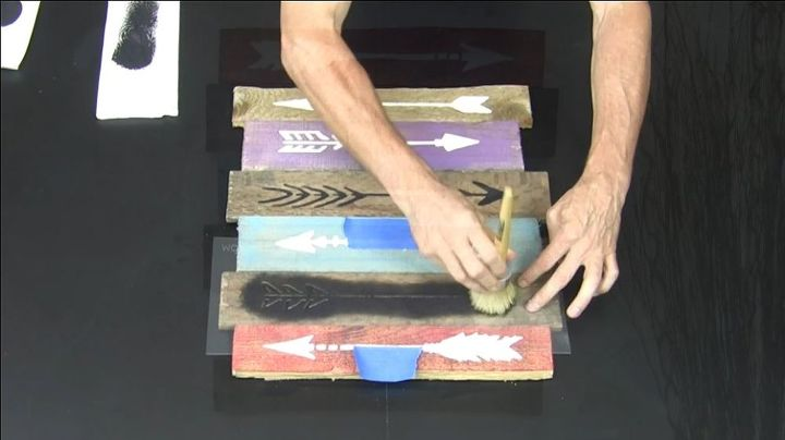 learn how to craft diy art using stencils and a pallet, crafts, how to, pallet