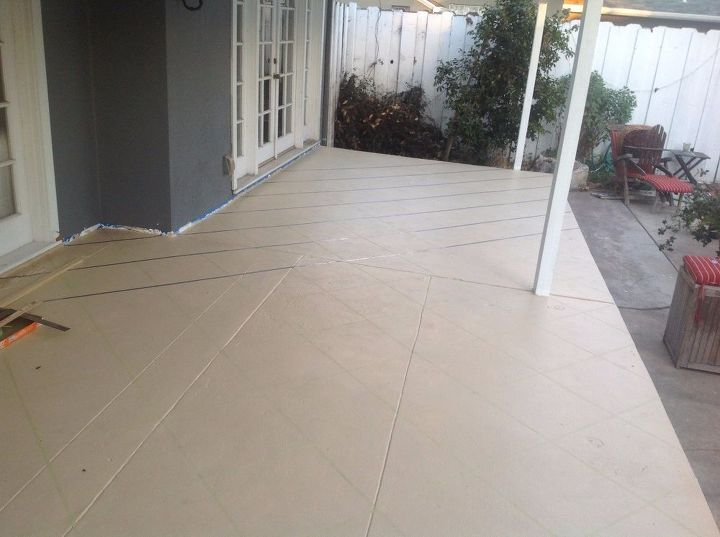 Patio Floor Makeover. Painted Patio Floor to Look Like Tile ...
