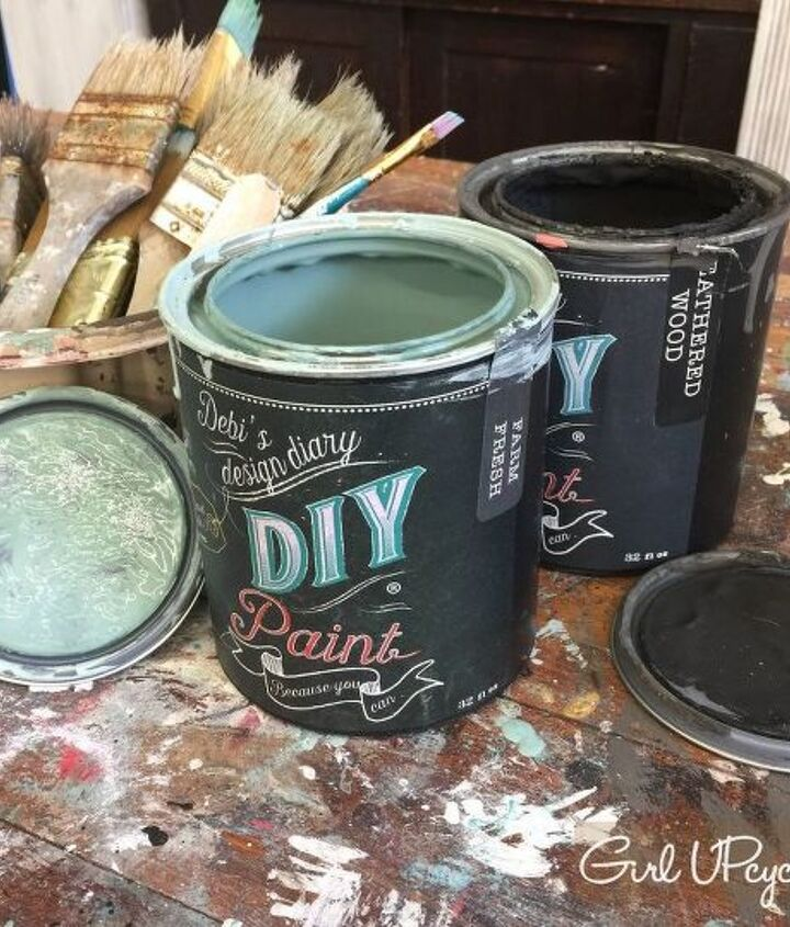 Oh how I love this clay based DIY Paint!