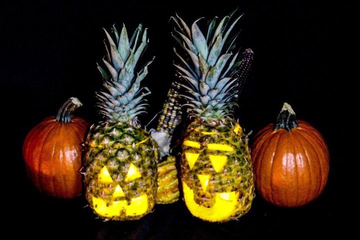 pineapple jack o lantern, halloween decorations, outdoor living