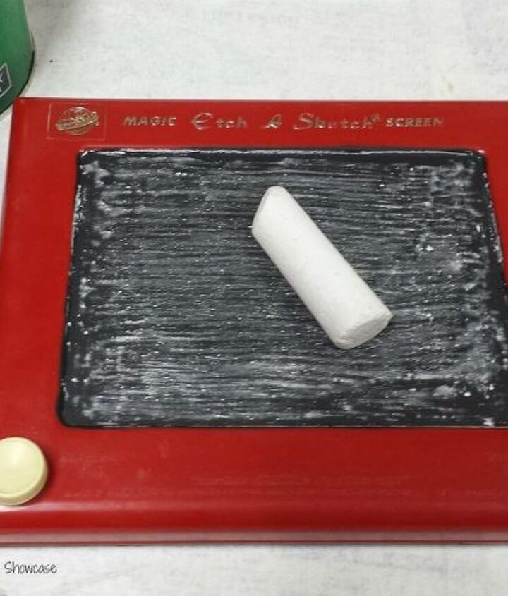 etch a sketch chalkboard, chalkboard paint, crafts, home decor, repurposing upcycling