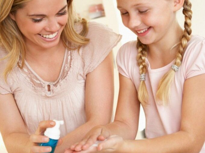 diy hand sanitizer, cleaning tips, how to, repurposing upcycling