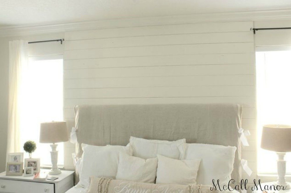 How To Add Some Pizzazz To A Painted Wall