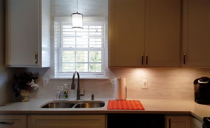 re purpose left over blind slats, countertops, home decor, kitchen backsplash, kitchen cabinets, kitchen design, painting