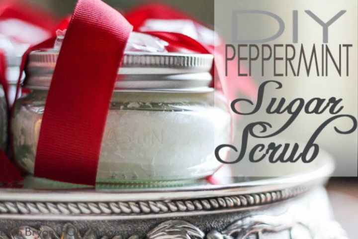 S 20 Christmas Gift Ideas For Under This Yummy Smelling Peppermint Sugar Scrub