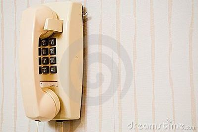 q what can i do with an old phone, repurpose household items, repurposing upcycling
