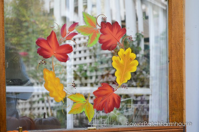 Paint Leaves On An Old Window For A Unique Wreath Crafts Home Decor