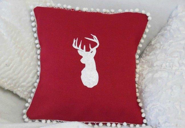 how to make a stencilled burlap pillow christmas decor idea, christmas decorations, crafts, home decor, how to