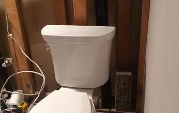 "A Family Affair, Father-in-Law Helps Couple ""MG Equip"" Their Bathroom"