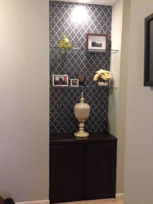 hallway nook makeover, foyer, painting, shelving ideas