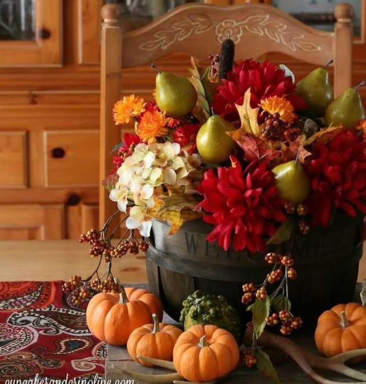 s do thanksgiving like your grandma, Create a bright a beautiful centerpiece