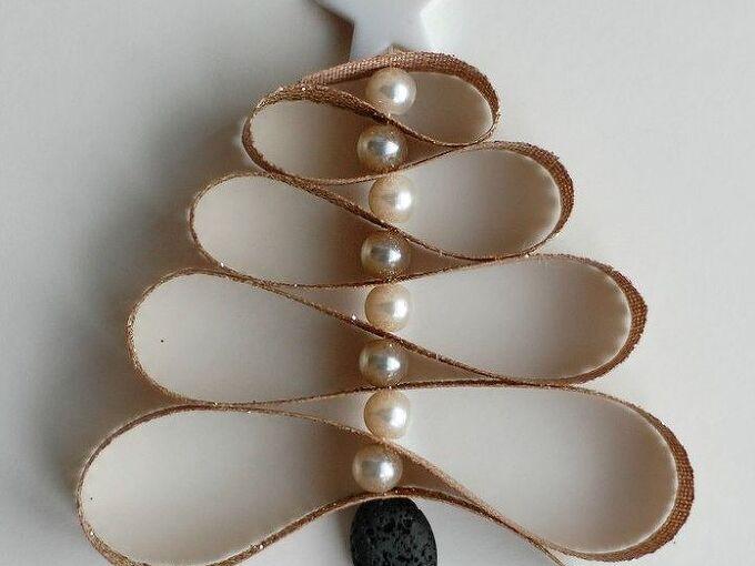 homemade essential oil diffuser christmas tree ornament, christmas decorations, seasonal holiday decor