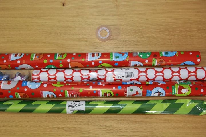 the one piece of tape way to wrap presents
