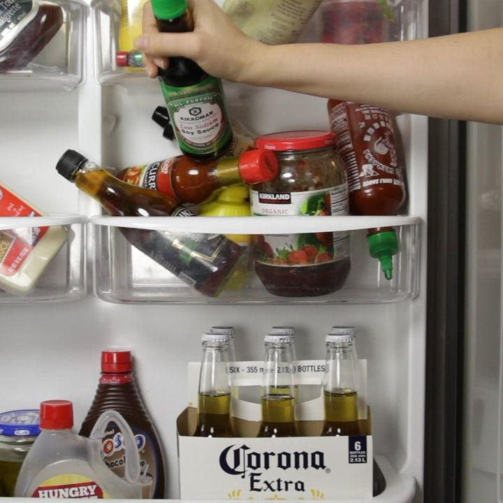 a neat way to organize your fridge, appliances, organizing