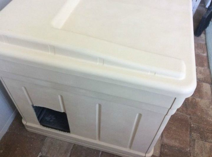 s cat owners 12 ways to hide a litter box in plain site, Transform a deckbox into a kitty palace