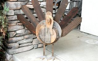 rustic wood turkey