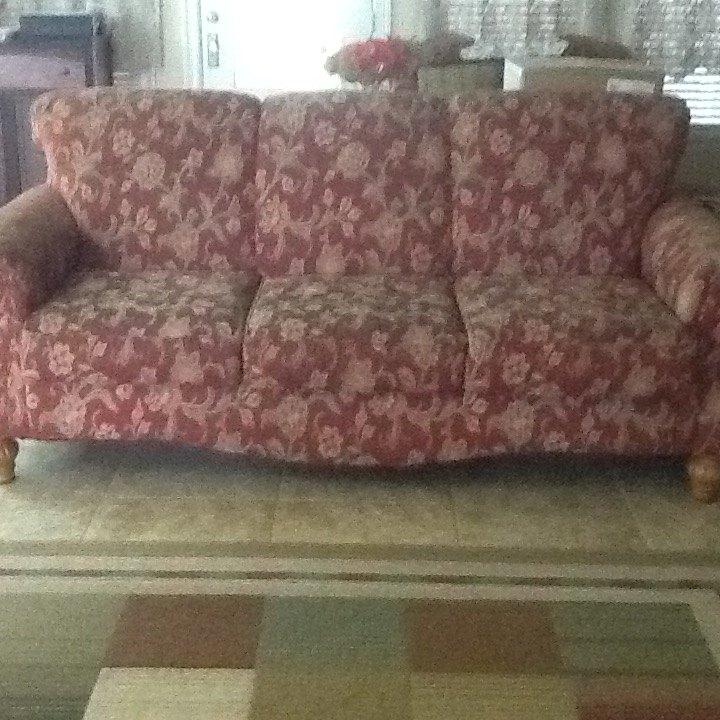 q floral sofa advice
