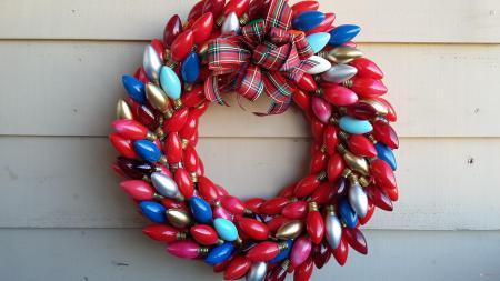 vintage lights christmas wreath, crafts, wreaths