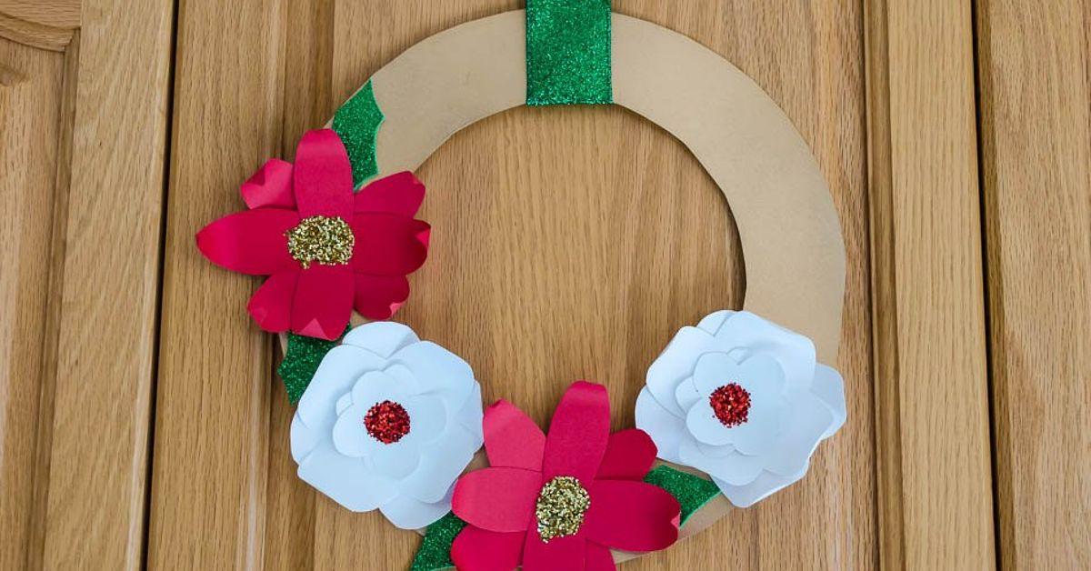 Make Beautiful 3D Christmas Flower Wreaths Using Card Stock Paper ...