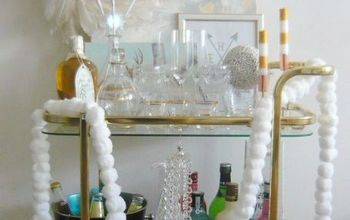 DIY Christmas Cotton Pom Pom Garland