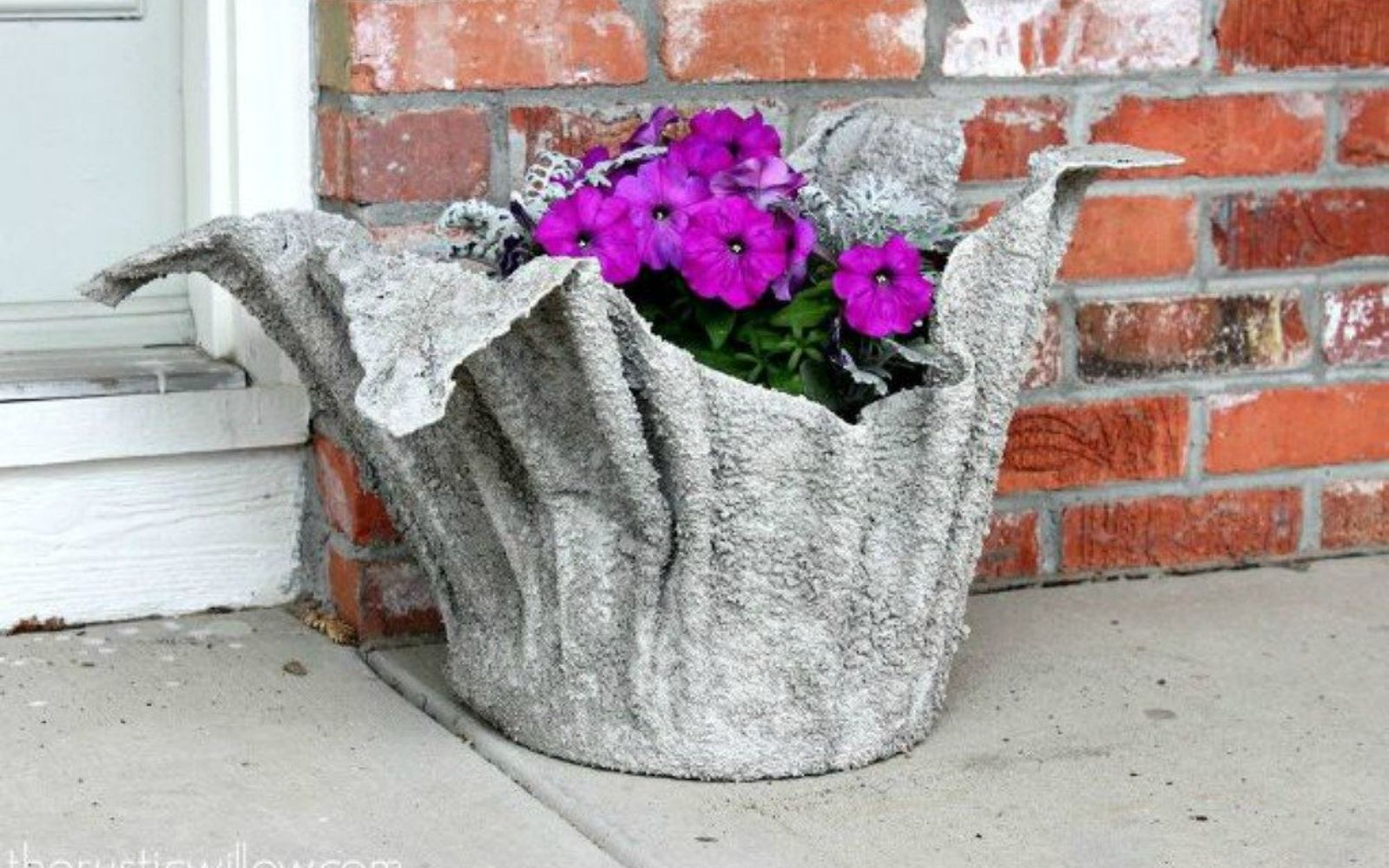 s 18 diy christmas gift ideas you ll want to keep for your home, home decor, This beautiful concrete planter