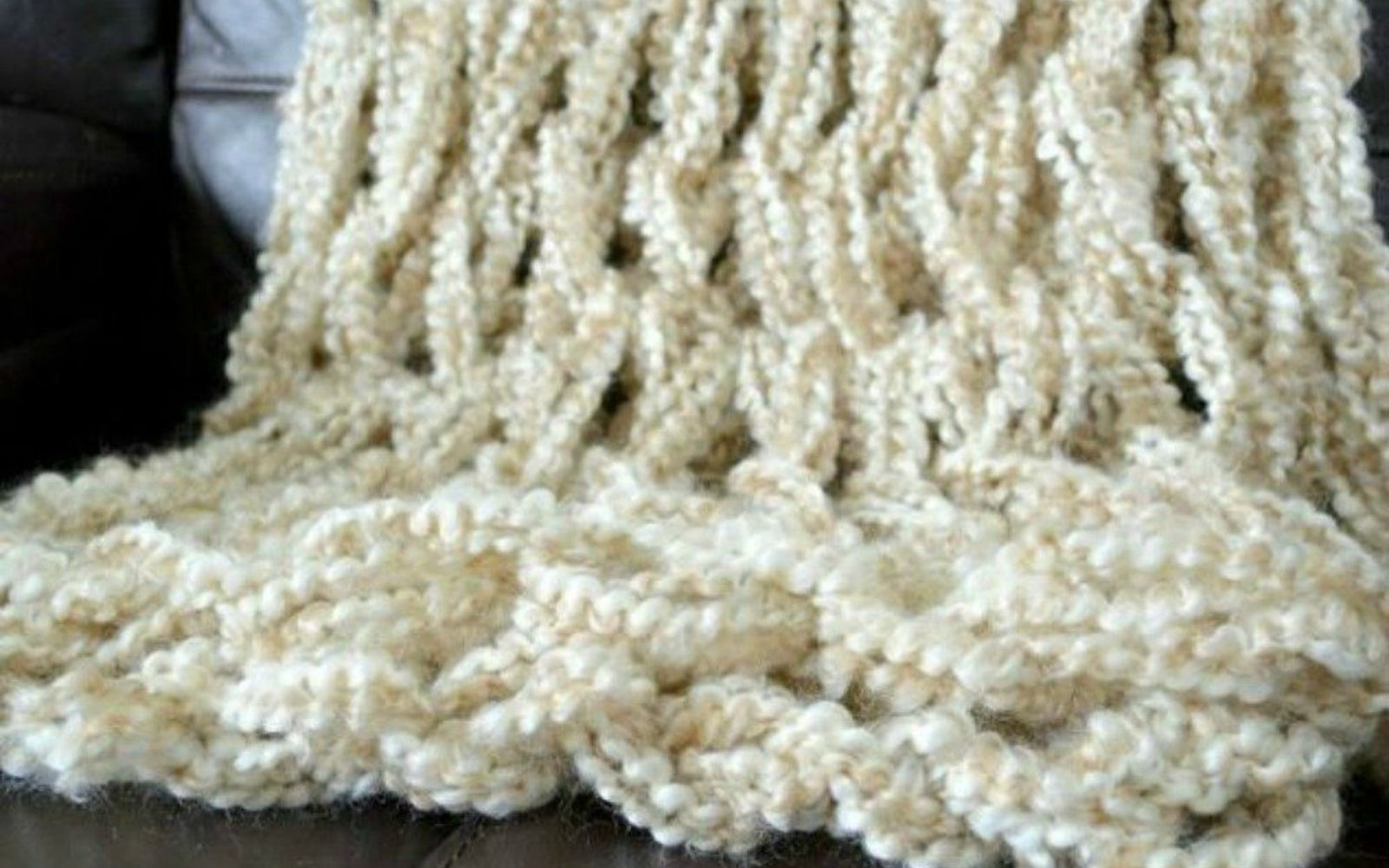 s 18 diy christmas gift ideas you ll want to keep for your home, home decor, Or this easy to knit fluffy throw blanket