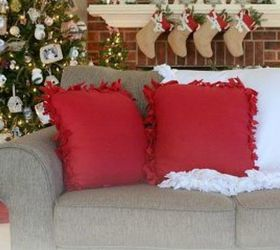 Christmas Gift Ideas For Home Part - 40: This No-sew Fleece Pillow