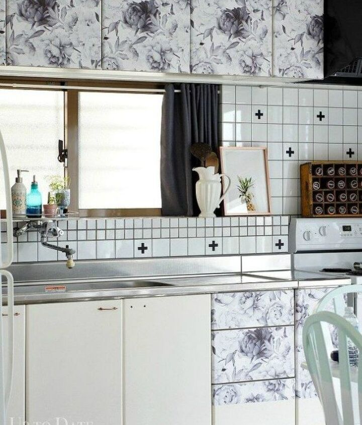 s transform your kitchen cabinets without paint 11 ideas , kitchen cabinets, kitchen design, Cover them with pretty contact paper