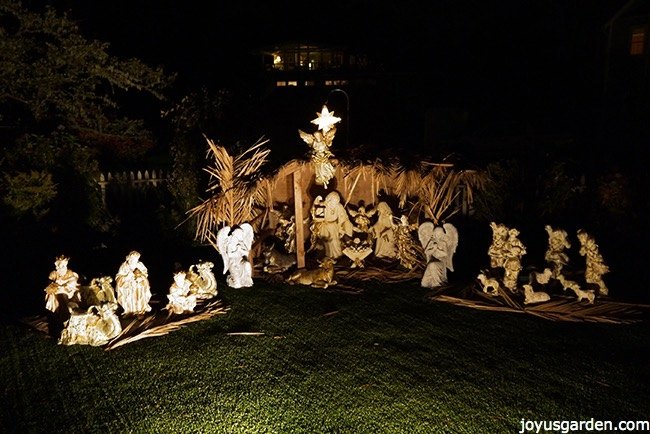 how to create a beautiful outdoor nativity scene how to