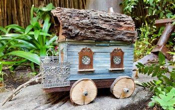 a old lunchbox becomes a gypsy caravan