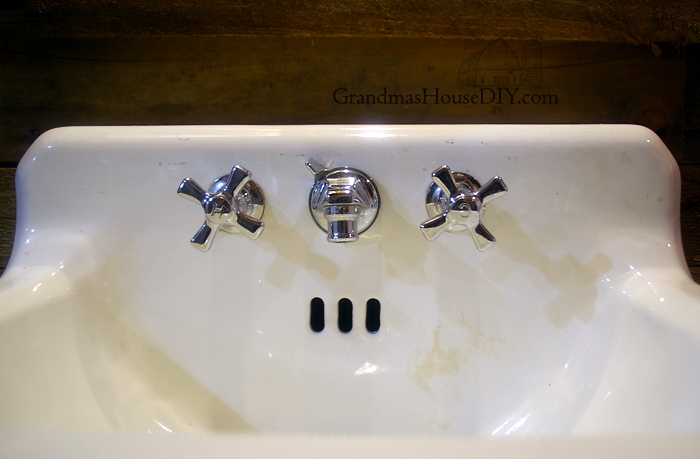 How To Clean And Remove Stains From An Old Cast Iron Sink Hometalk - Remove stains from bathroom sink
