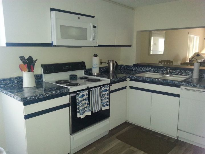 Redo Of 70 S Kitchen With Oak Strip Cabinets Under 200
