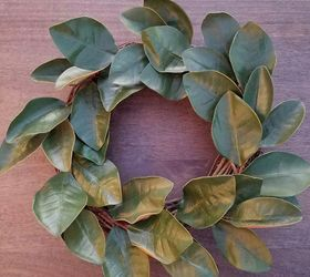 simple diy magnolia wreath for every day decorating crafts flowers gardening wreaths