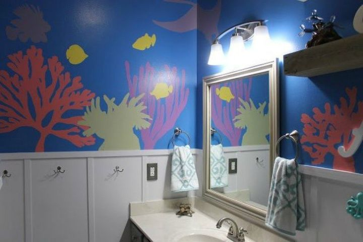 s give your kids the coolest bathroom with these 13 jaw dropping ideas, bathroom ideas, Paint the walls an underwater theme