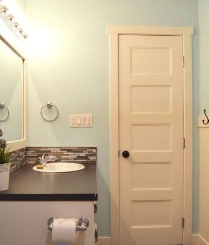 s give your kids the coolest bathroom with these 13 jaw dropping ideas, bathroom ideas, Redo it in bright colors