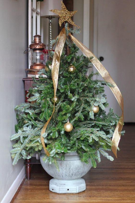 tomato cage christmas tree gardening - Tomato Cage Christmas Decorations