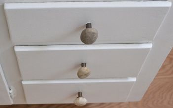 How to Make Knobs With Stones