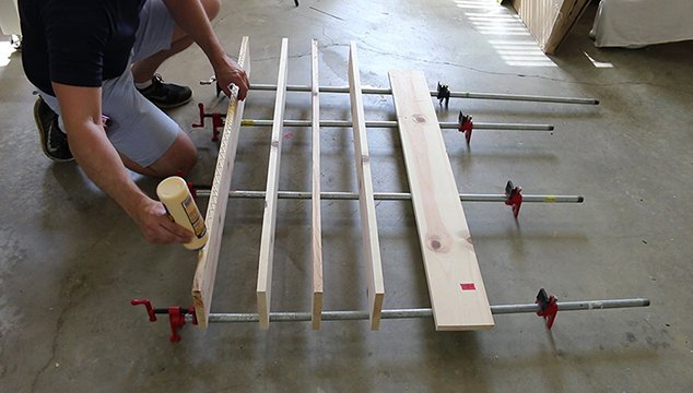 build an upcycled coffee table, painted furniture