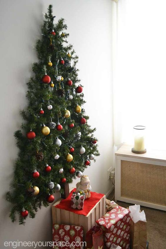 wall mounted christmas tree