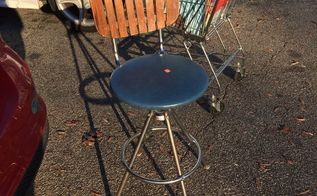 q cute chair needs redo