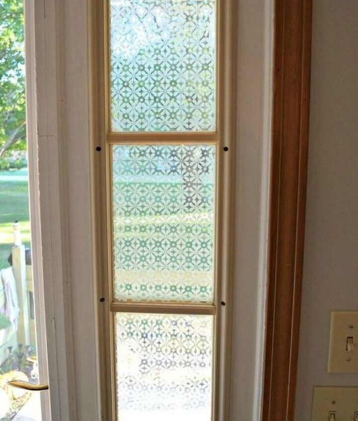 s how to get privacy without curtains, home decor, how to, window treatments, Stencil a frosted pattern onto the glass