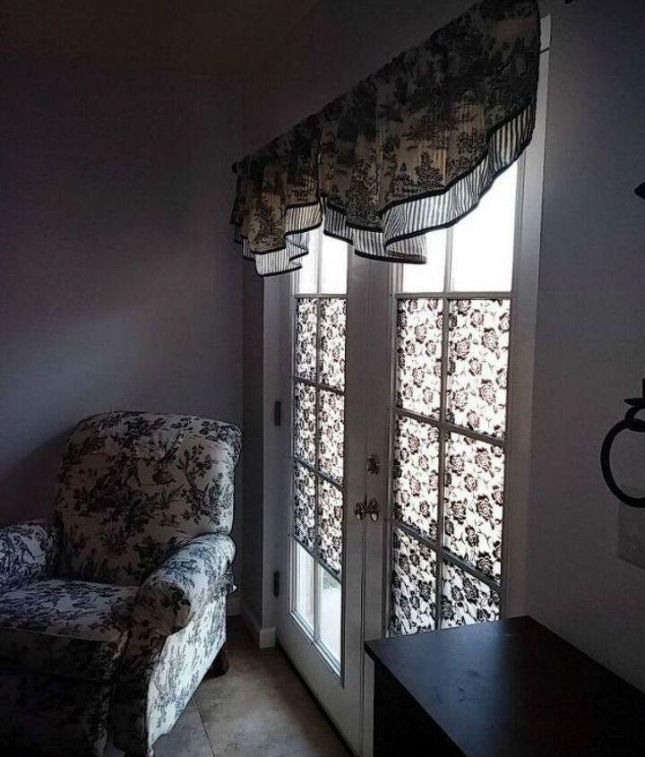 s how to get privacy without curtains, home decor, how to, window treatments, Add a patterned fabric to the window panes