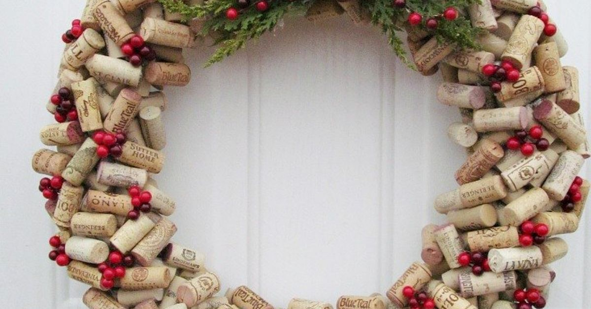 The Wine Cork Wreath You Need To Make This Year Hometalk