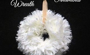 furry wreath ornaments, christmas decorations, crafts, seasonal holiday decor, wreaths