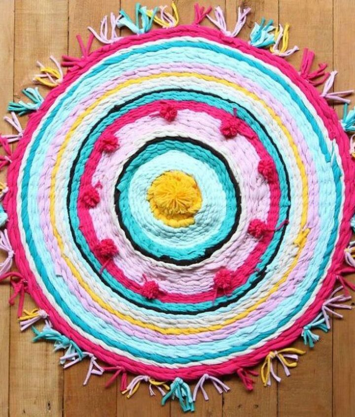 s grab a hoola hoop for these 10 amazing decor ideas, home decor, Weave a rug out of old t shirts