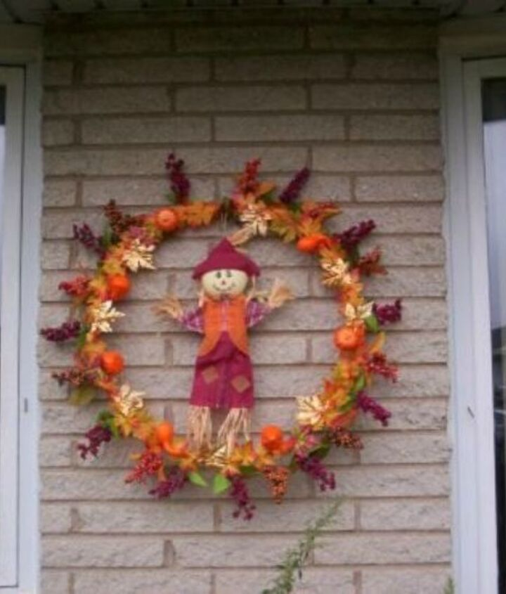 s grab a hoola hoop for these 10 amazing decor ideas, home decor, Fashion a large fall wreath for your porch