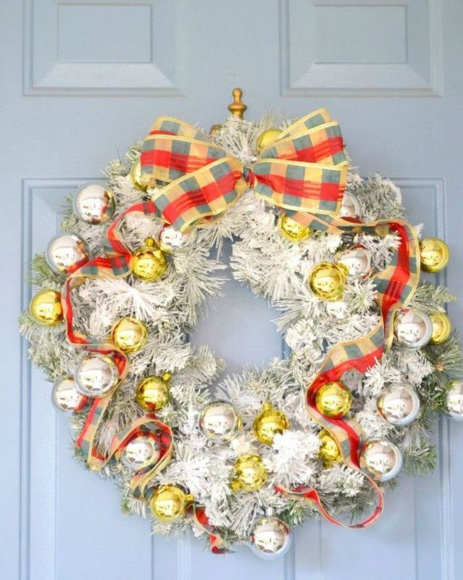 s don t hang your wreath before you see these 12 updates, crafts, wreaths, Flock it to give it a wintery feel