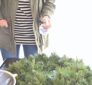 s don t hang your wreath before you see these 12 updates, crafts, wreaths